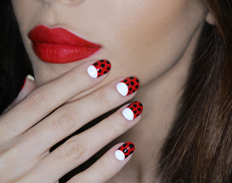 How To Choose And Wear Red Lipstick Fashionisers C