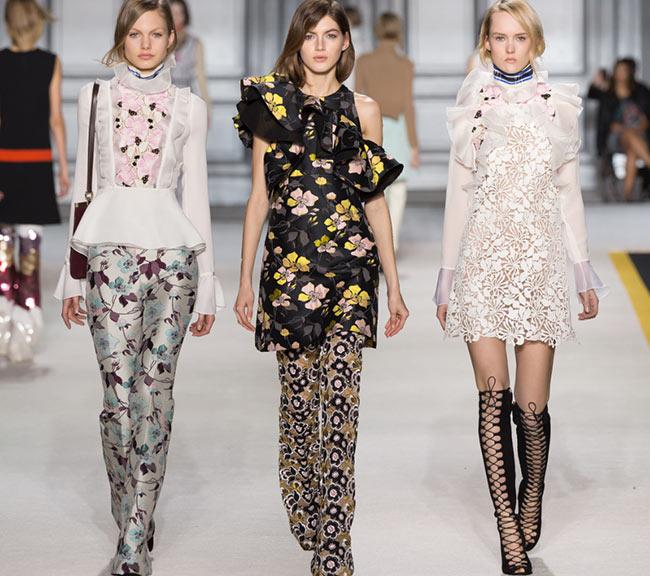 Giambattista Valli Fall/Winter 2015-2016 Collection - Paris Fashion Week