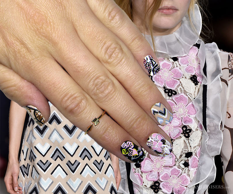 Fall 2015 Runway Inspired Nail Art Designs: Giambattista Valli