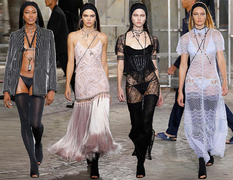 Givenchy Couture Fall/Winter 2015-2016 Collection