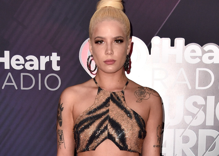 The Best Looks From The 2018 IHeartRadio Music Awards Halsey