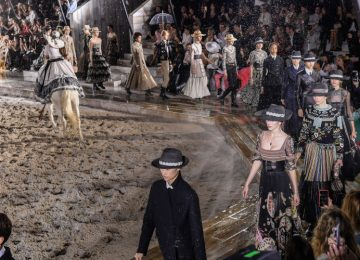 Dior Cruise 2019 Show Had Horses on The Runway
