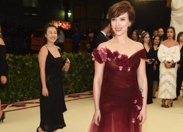 Scarlett Johansson Wore Marchesa After Harvey Weinstein Scandal