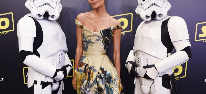 """Thandie Newton Wore Black """"Star Wars"""" Characters On Her Dress"""