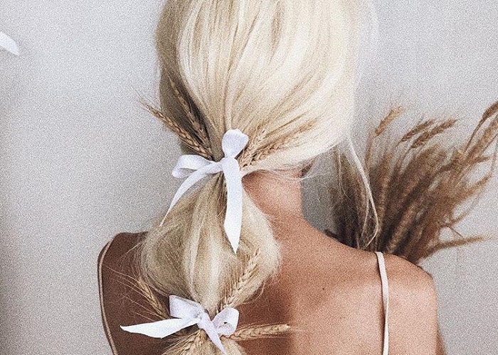 Pretty Ways To Accessorize Your Do This Season (17)