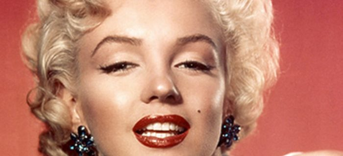 The Most Iconic Celebrity Signature Beauty Looks
