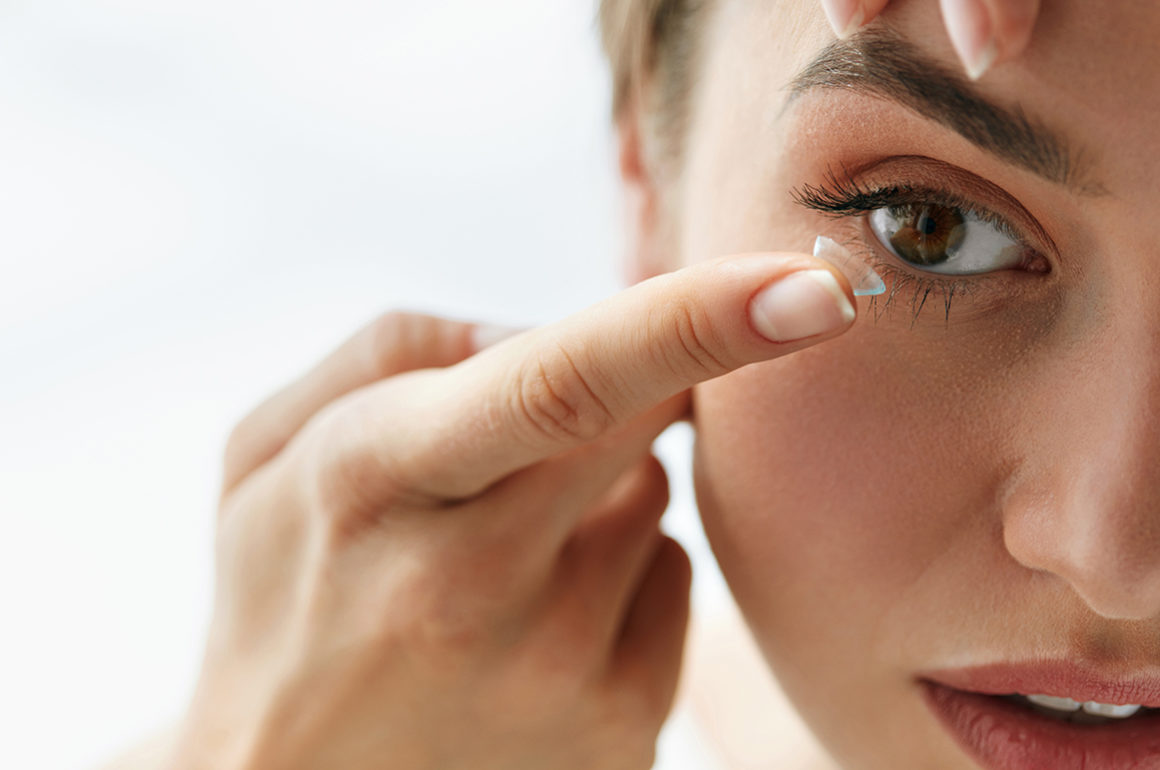 makeup-tips-for-contact-lens-wearers-main-image