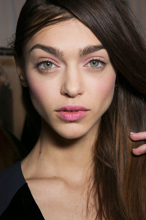 Tips for Choosing and Applying Blush
