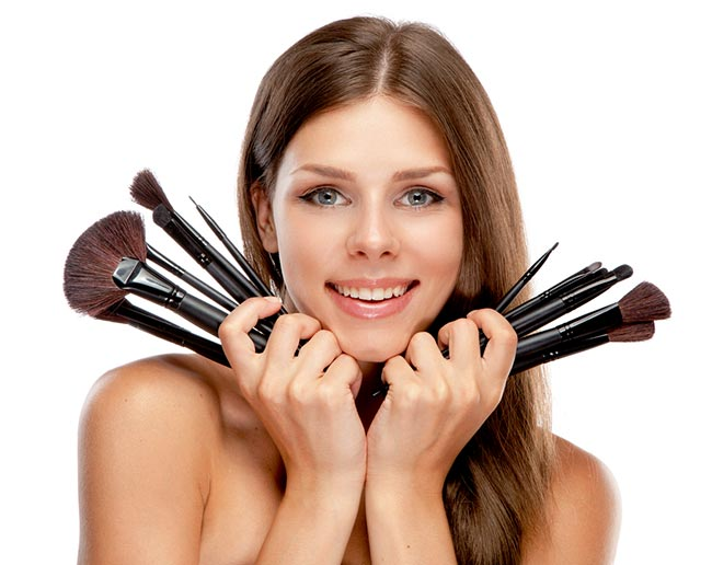 Beginner's Guide to Makeup Brushes