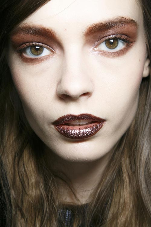 Holiday 204 Metallic Makeup Trend