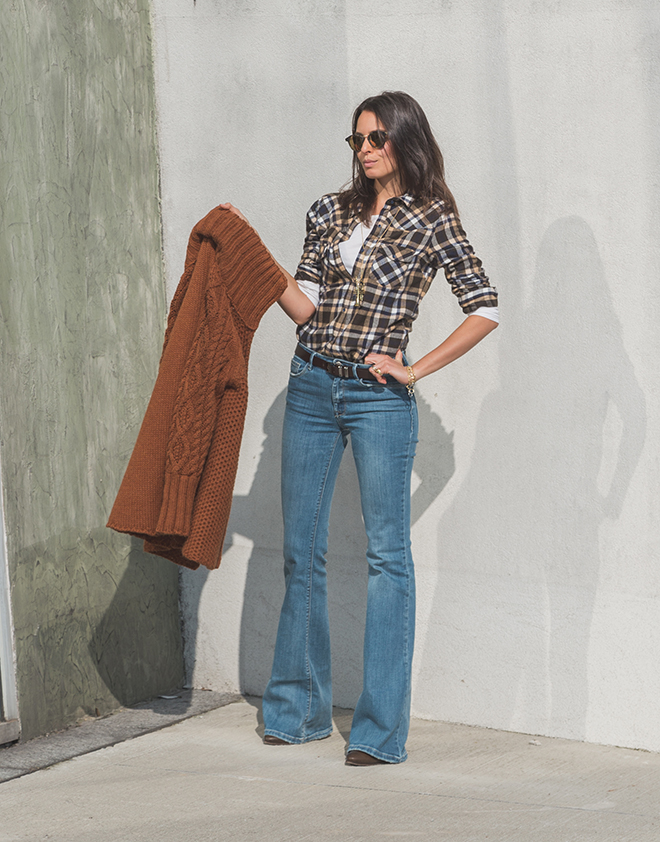 7-Pieces-You-Need-to-Embrace-the-1970s-Fashion-Trend-woman-in-70s-style-flare-pants