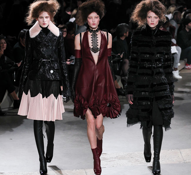 Alexander McQueen Fall/Winter 2015-2016 Collection - Paris Fashion Week