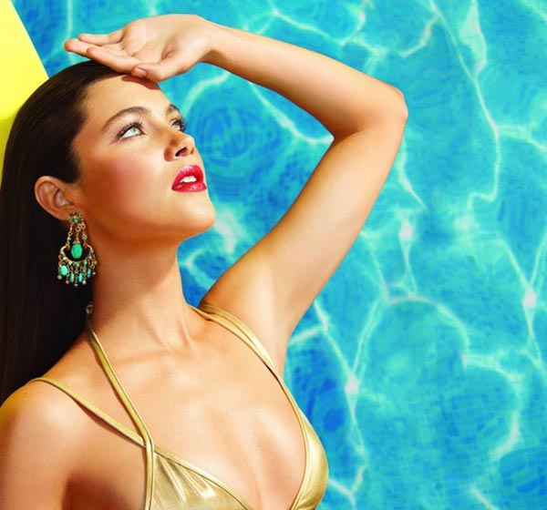 Laura Mercier Un Ete a Ibiza Summer 2015 Makeup Collection