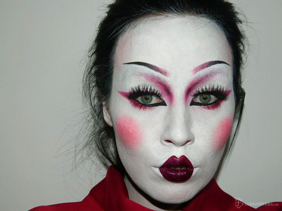 Geisha Makeup Tutorial for Halloween