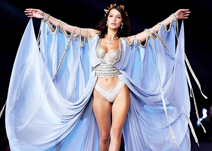 Best Looks From The 2017 Victoria's Secret Show (17)