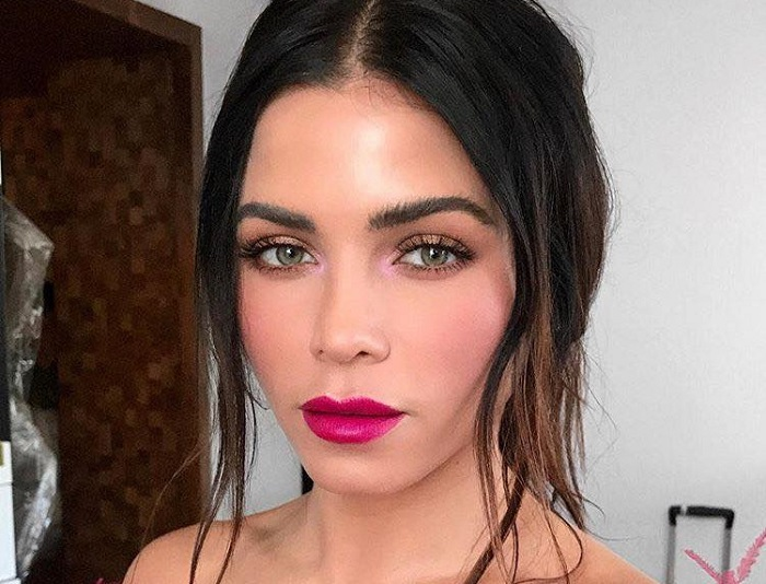 Fierce Pink Lip Colors To Copy From Celebs Jenna Dewan Tatum
