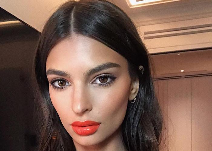 Celebrity-Approved Orange Lipstick Looks
