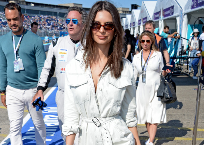 Jumpsuits-Are-The-Supermodel-Approved-Piece-You-Need-For-Summer Emily Ratajkowski