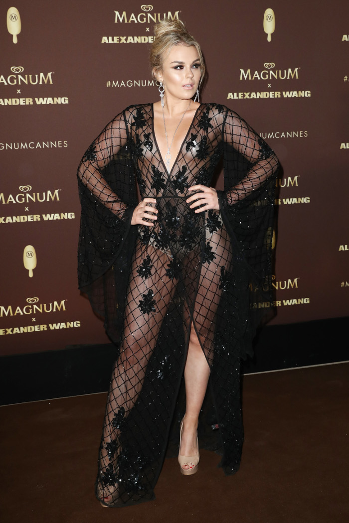 Celebrities Serving Almost Naked Red Carpet Appearances