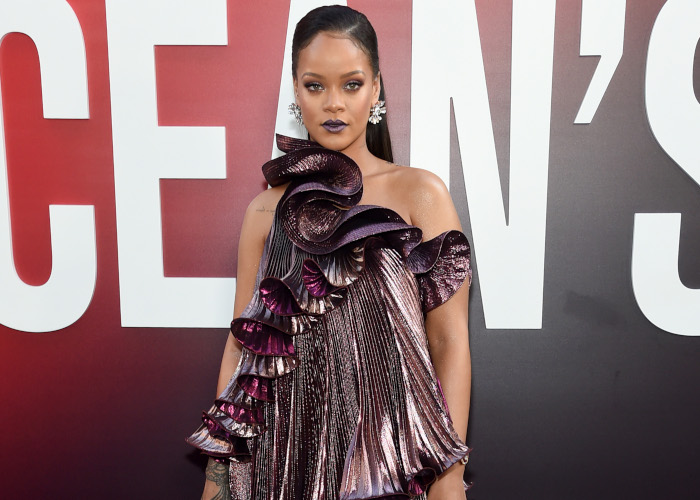 Rihanna-Wins-The-Red-Carpet-With-a-Chic-Givenchy-Dress