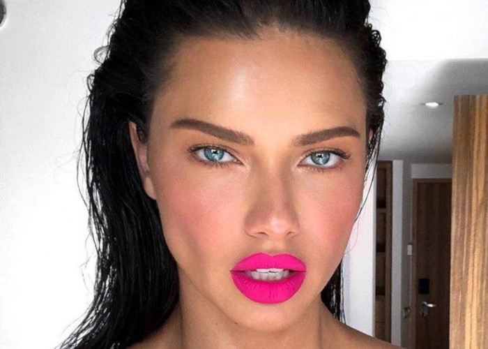 The Hottest Summer Lip Colors Spotted on Celebs Adriana Lima