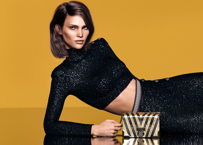 Balmain-Taps-Digital-Models-To-Front-Their-New-Campaign-clutch