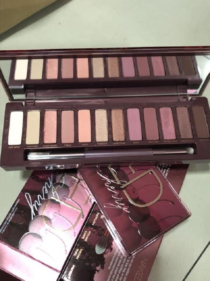 Urban Decay Naked Cherry Eyeshadow Palette reviews, photos
