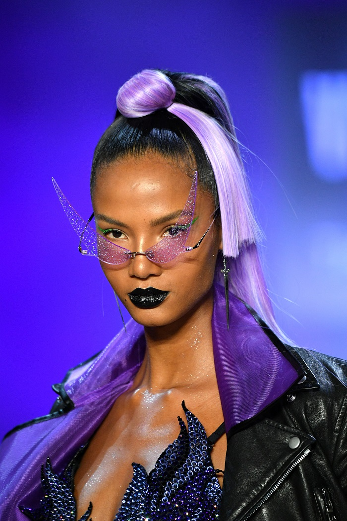 The Most Epic Hair Moments From Spring 2019 NYFW The Blondes purple hair