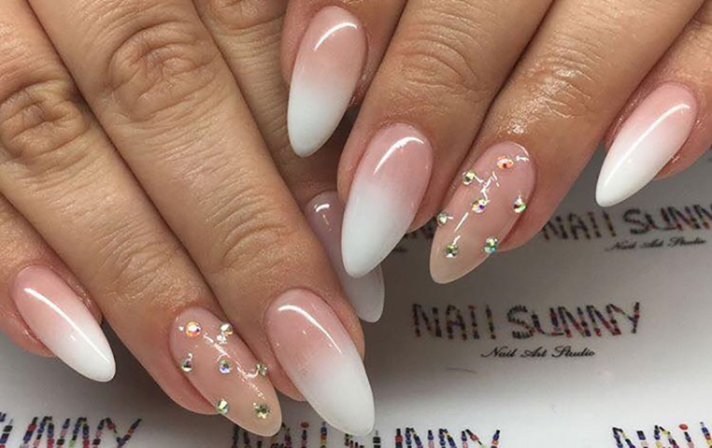Wedding-Nail-Art-For-The-Sophisticated-Bride-main-image