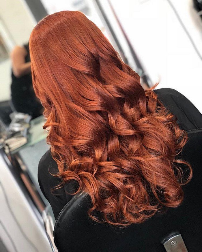 Our-Favorite-Copper-Hair-Looks-for-Fall-curls