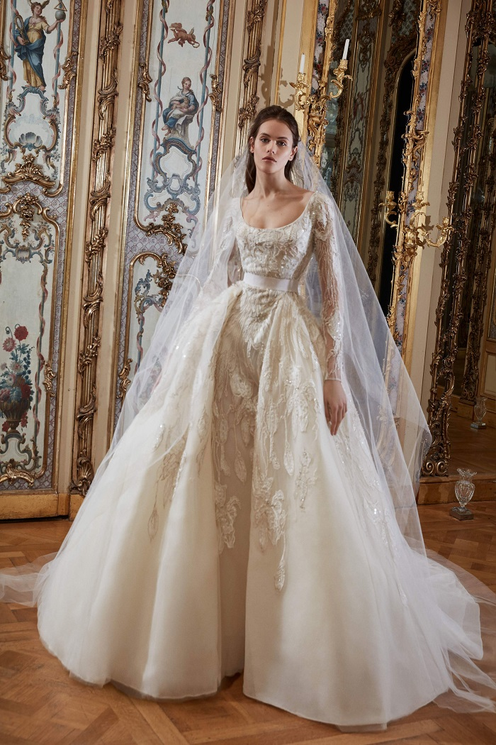 The-Wedding-Gowns-We-Can-See-Jennifer-Lopez-Wearing-For-Her-Wedding-embellished gown