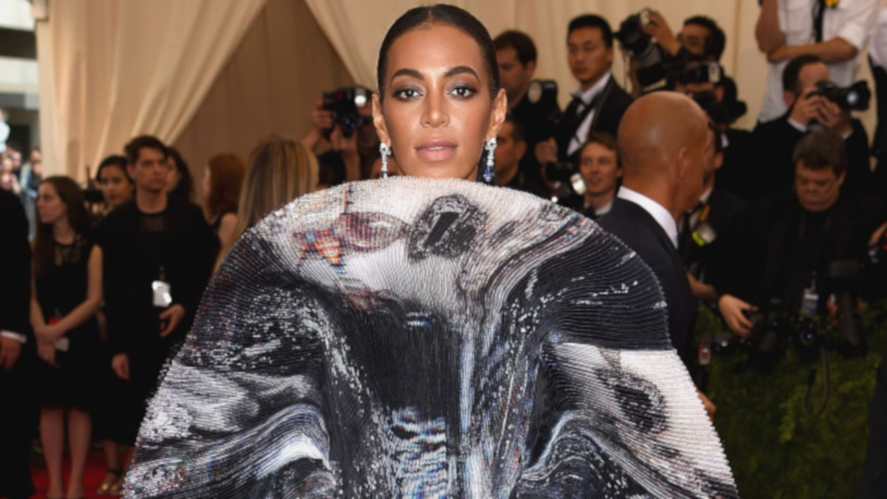 Crazy-Celebrity-Outfits-Well-Never-Forget-Solange