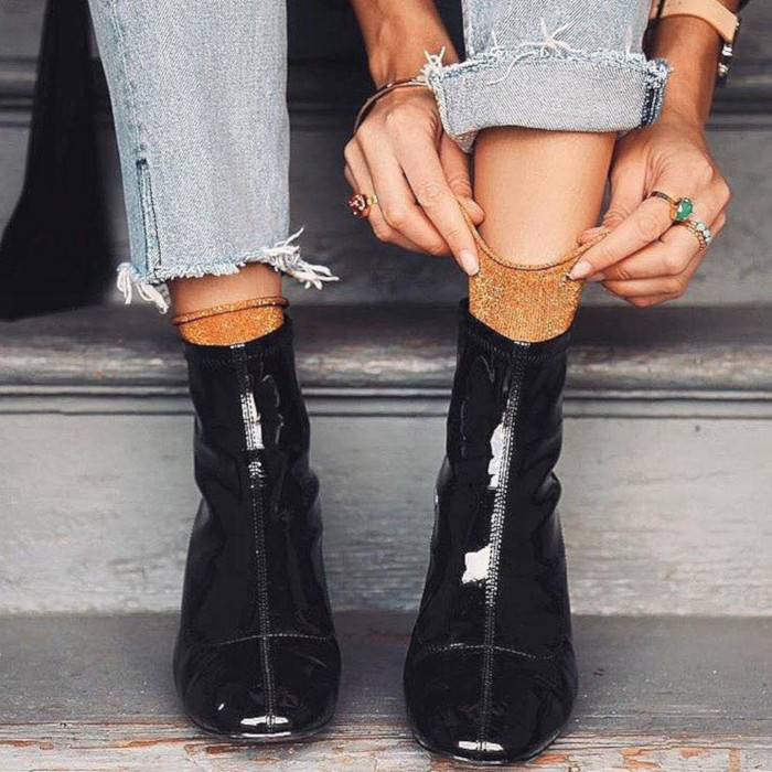 Cute-Ways-to-Style-Your-Shoes-With-Socks-lacquer-boots-and-sparky-socks