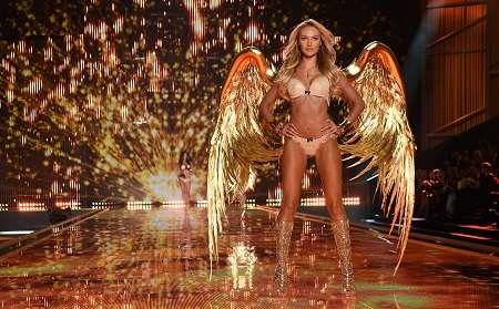 Everything-That-You-Need-to-Know-About-2018-Victorias-Secret-Fashion-Show-1
