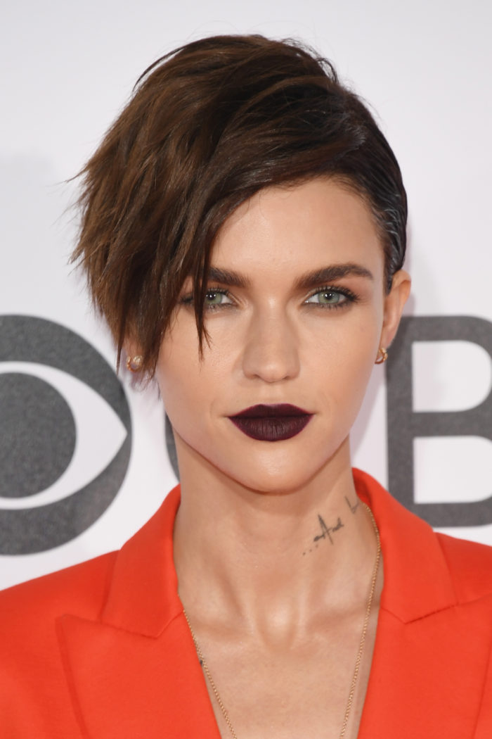 The Most Showstopping Beauty Looks From The People's Choice Awards Ruby Rose