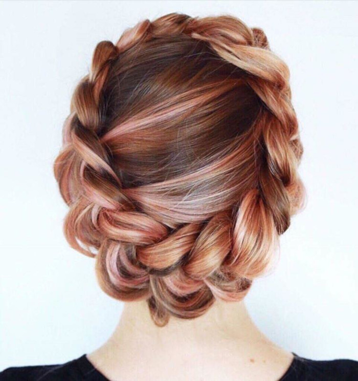 Your-Ultimate-Guide-to-Different-Types-of-Braids-crown-braid