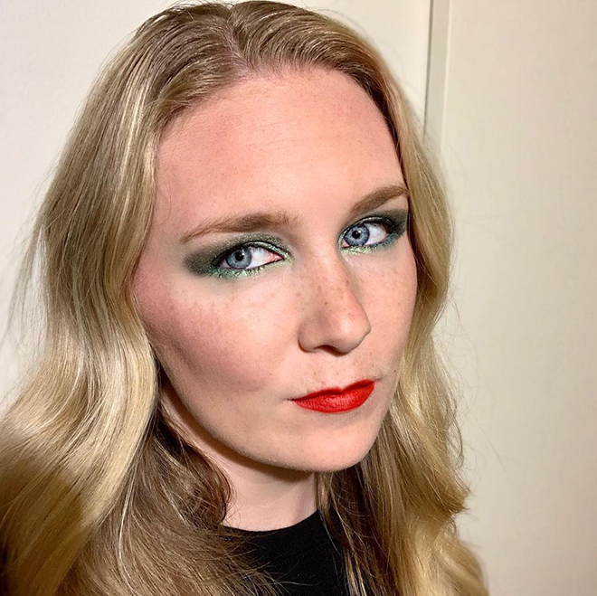 covergirls-new-line-covers-the-full-spectrum-of-women-cover-girl-full-spectrum-malorie-mackey-electric-green-eyeshadow-red-lips