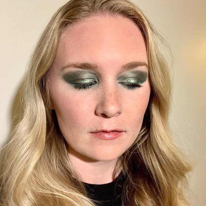 covergirls-new-line-covers-the-full-spectrum-of-women-cover-girl-full-spectrum-malorie-mackey-electric-green-eyeshadow