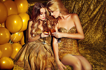 how-to-dress-for-a-party-according-to-your-body-shape-girls-in-gold-cocktail-dresses