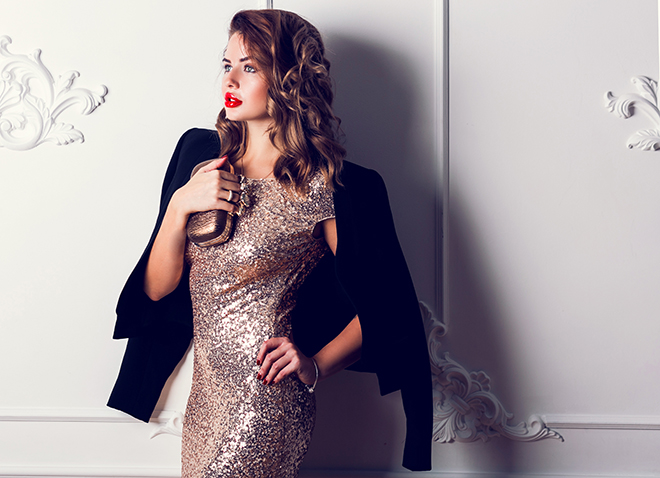 how-to-dress-for-a-party-according-to-your-body-shape-gold-dress-with-blazer