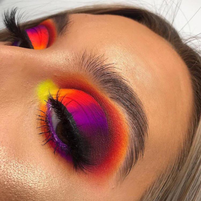 The-Rinbow-Eyeshadow-is-The-Prettiest-Makeup-Trend-This-Spring-51