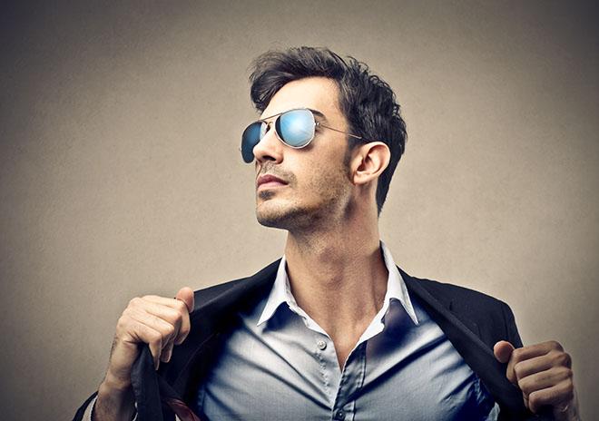 What-Men-Should-Wear-in-Ibiza-2019-sunglasses
