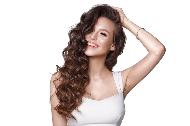 12-Best-Hairstyles-for-a-Student-Party-curls