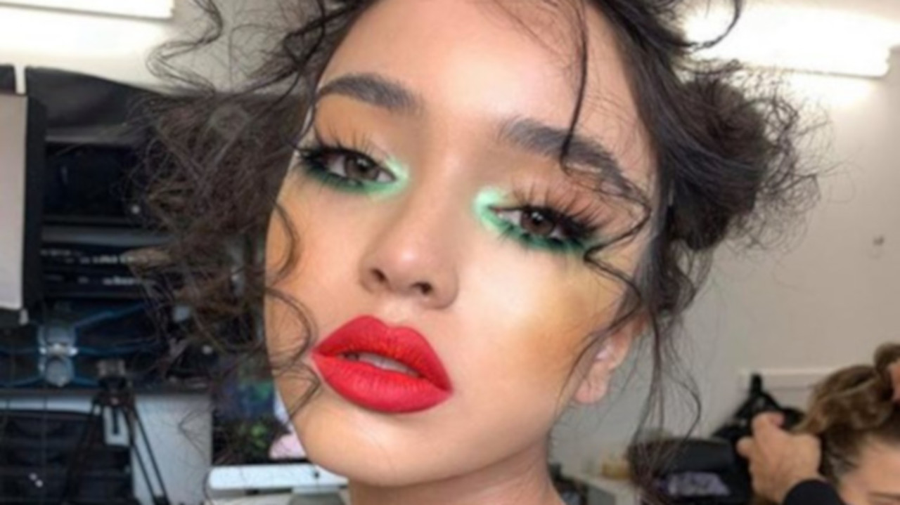 The Hottest Summer Makeup Trends to Try RN   Fashionisers©