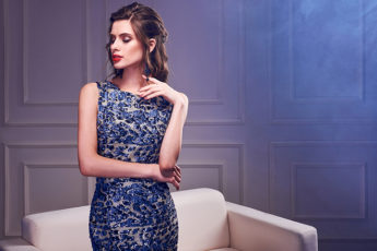 how-to-dress-for-a-cocktail-party-girl-in-blue-cocktail-dress