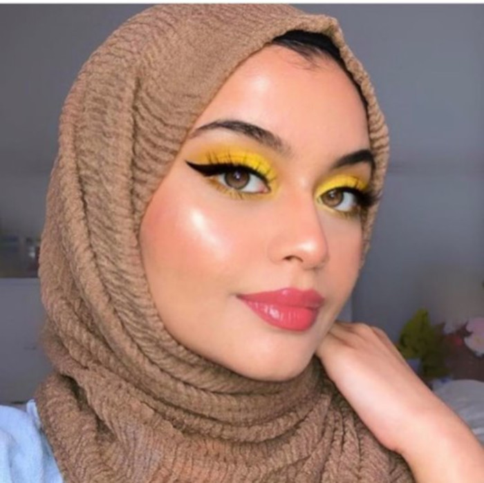 Yellow Makeup is Trending on Instagram