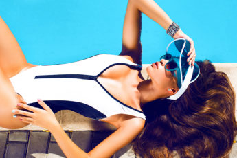 How-To-Choose-Swimwear-To-Flatter-Your-Figure-main-image