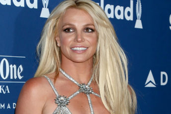 britney-spears-princess-of-pop-fashionisers