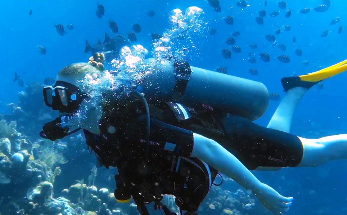ibagari-boutique-hotel-duna-divers-main-image-scuba-diving-fashionisers