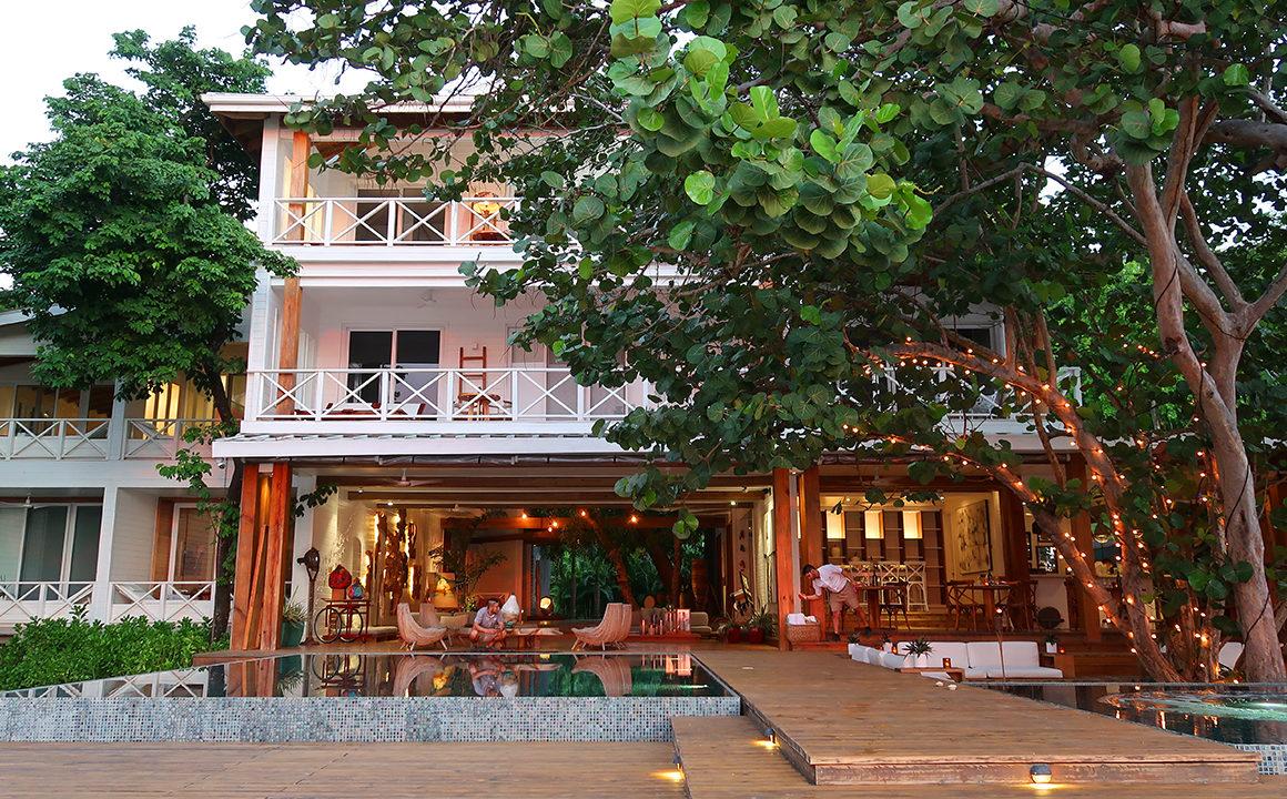 ibagari-boutique-hotel-luxury-destination-roatan-honduras-fashionisers-main-image